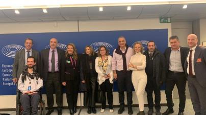 Συναντήσεις και επαφές της Ομοσπονδίας Γούνας στις Βρυξέλλες για θέματα του κλάδου (φωτογραφίες)