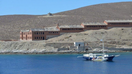 Νήσος Γυάρος…!!!!! Έκταση: 17.500 στρέμματα, πληθυσμός: 0