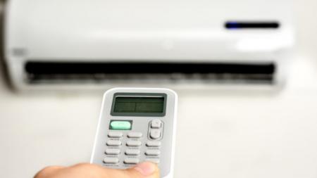 Προσοχή αν βάζετε το air condition για να ζεσταθείτε – Τι κίνδυνοι παραμονεύουν