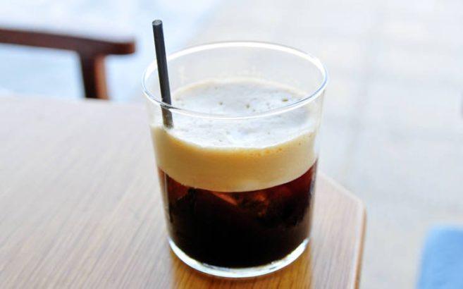 kalamaki-cafe-frape-657x410-1.jpg