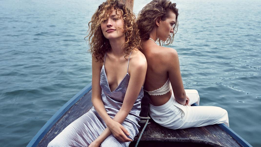 girls-boat.jpg