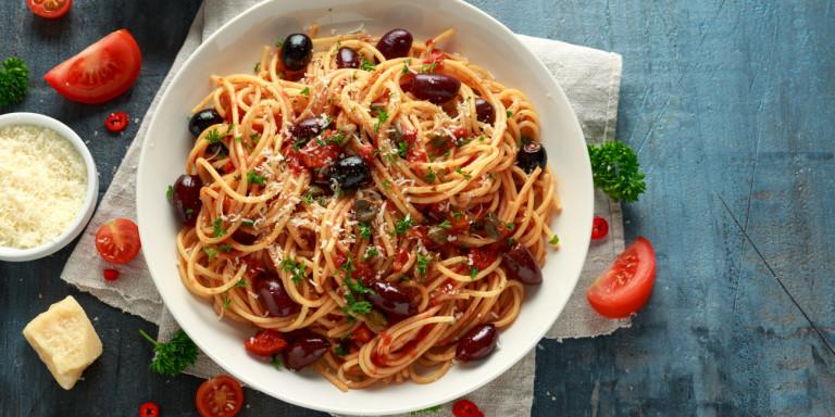 spaghetti-olives-tomatoes.jpg