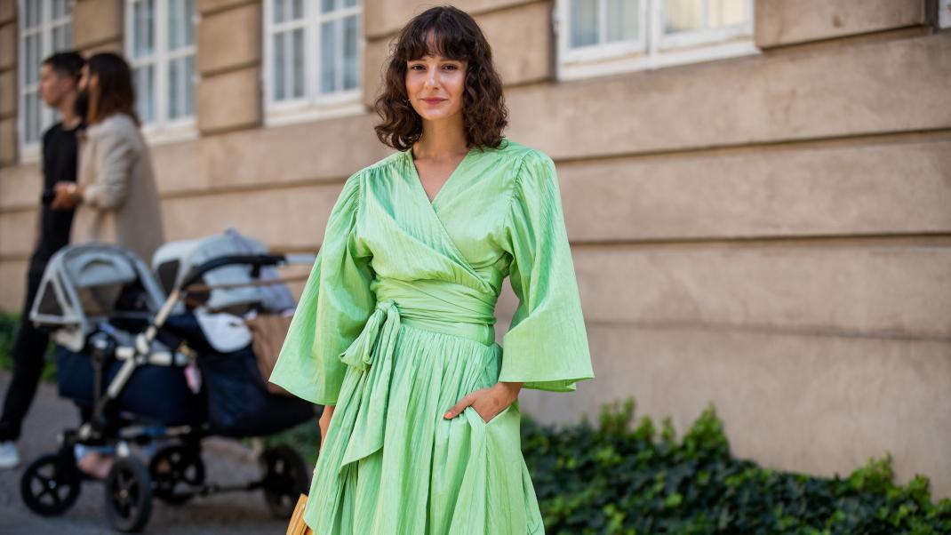 green-dress_0.jpg